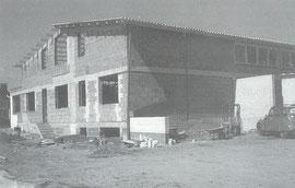 Der Neubau noch als Rohbau
