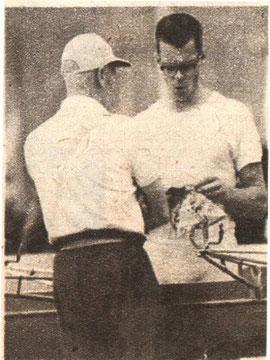 Джастес и тренер Хоббс