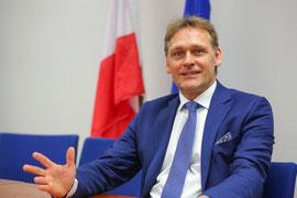 Dr. Johann Sollgruber informiert am 2. April die Kremserinnen und Kremser zum Thema Krems und die EU.Foto: Stadt Krems.