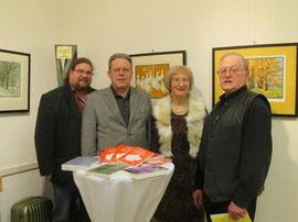 V.l.n.r.: Gemeinderäte Mag. Klaus Bergmaier und Mag. Wolfgang Mahrer, Dr.in Ruth Aspöck, Obmann Gemeindrat Franz Kral. Foto: zVg