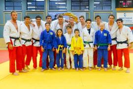 Sportler vom Judoklub Krems mit der Kampfmannschaft von Judoteam SHIAI-DO. Foto: zVg