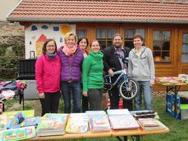 V.l.n.r.: Bettina Schinkel, Petra Nitschmann, Karin Aubrunner, Kristina Schwarz, GR Mag. Klaus Bergmaier, Sonja Ullmann. Foto: zVg