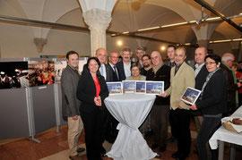 """Zahlreiche Vertreterinnen und Vertreter besuchten die Präsentation """"Lerchenfeld 75"""" im Rathaus Krems. Foto: Stadt Krems."""