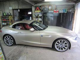 BMW-Z4ホイールリペア前車両全景写真