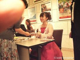 演奏会後の「サイン会」(写真ご提供:S様)