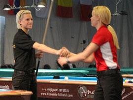 Jasmins unter sich - Ouschan kann Michel nur noch zum Finalinzug gratulieren.