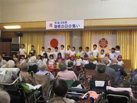 江津幼稚園児さんによる歌の披露
