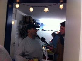 Timo Teichler von Radio Bielefeld interviewt Willy