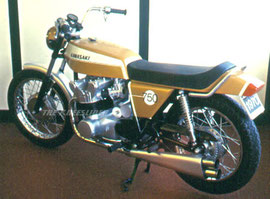 "Prototype Kawasaki 1970 750cc Z1 by Paul Crowe - ""The Kneeslider"" on 1/27/2006 in Motorcycle Business,Motorcycle Design"