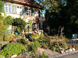 """Weg von der Spaltensteinerstraße über die Brunnisach ins """"alte Dorf"""" Fischbach (Bild: MS)."""