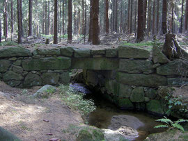 Wesenitzbrücke aus dem Jahre 1800 im Hohwald