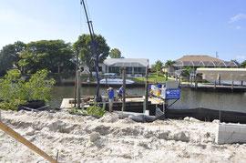 Dock Pilings werden gesetzt