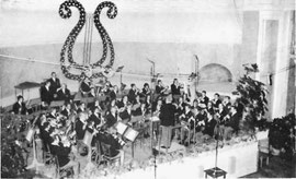 Die Stadtmusik Waldkirch 1972 in Meran.