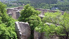 Burg Rauhenstein, Blick vom Bergfried auf die Burggebäude