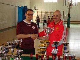 Ielapi premiato dal presidente dell'ACT Reggio 2004 Cotronei