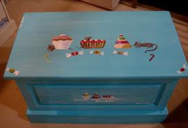 Coffre à jouets en bois peint,liste de naissance,puericulture, coffres pour enfants,coffres pour bébés