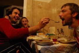 On mange à Spartes, voyage à vélo en Grèce, bike touring