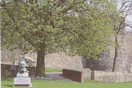 Henri II et les remparts qu'il rendit à la ville