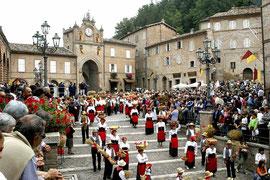 Processione delle Canestrelle Amandola