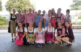 Die II. Damenmannschaft in Feierlaune in Stuttgart