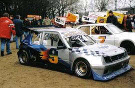 Fahrzeug hinter Wim Peters