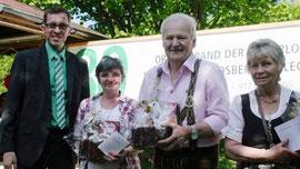 Von links: Vorsitzender Jürgen Lindner mit den Geehrten Elfriede Doll, Gregor Kügler und Marianne Glaser