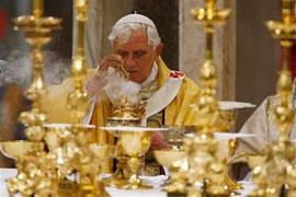 L'oscena ostentazione della ricchezza vaticana