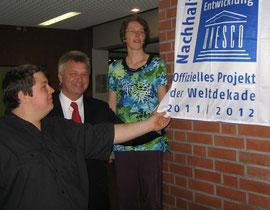 Sieke Martin (BUND), Jens Höft (GESTRA) und Schüler-Experte Sören Peppmüller (v.l.)