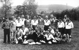 Einheit (weiß) 1954 beim SV Böddiger
