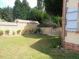 Le jardin vue du gite Abbecourt Beauvais