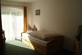 Einzelzimmer mit Terrasse