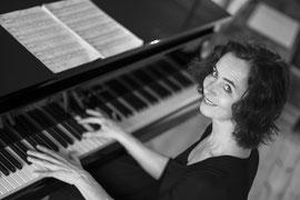 Charlotte Bleser  Diplom-Musikpädagogin und freie Pianistin