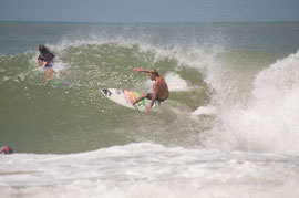 rompeolas, hole, in, the, wall, aguadilla, surfing