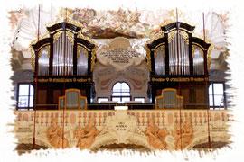 Fertigstellung der Orgelschränke der Pfarrkirche Garsten