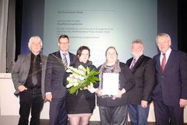 Bei der Preisverleihung mit Kersten Schröder-Dom, Axel Gedaschko (Jurymitglied), Azubine Katja Jacobsen & Marina Haack. Ganz rechts Ralf Handelsmann