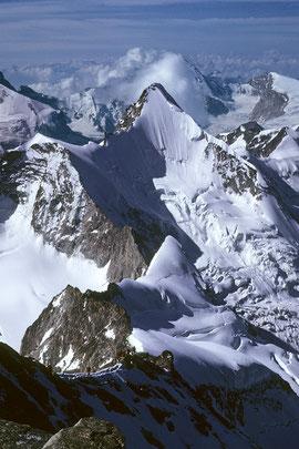 Obergabelhorn 4063 m vom Zinalrothorn 4221 m