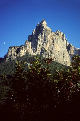 Bild: Santnerspitze in den  Dolomiten