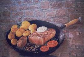 Eine Steakpfanne auf einer auf Kontur ausgeschnittenen Tischlerplatte ( ca. 2,00m *1,40m )