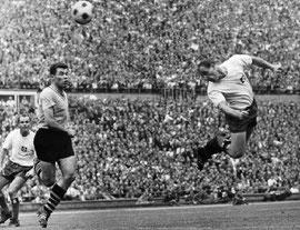 Der Matchwinner Uwe Seeler