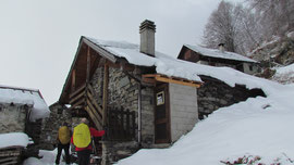 Il bivacco all'Alpe Cingora m. 1283