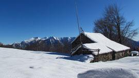 Il Rifugi Rondolini all'Alpe San Giacomo m. 1324