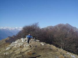 Roberto arriva in vetta al Monte Faiè m. 1352