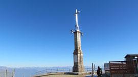 La croce di vetta del Mottarone m. 1490