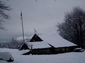 Il Rifugio Rondolini all'Alpe San Giacomo m. 1324