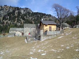 La baita di Giuseppe all'Alpe Gorta (quella gialla)