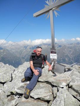 In vetta al Pizzo Tignaga m. 2653