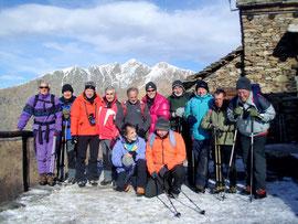 Foto di gruppo all'Alpe Curgei m. 1350