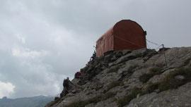 Il bivacco Varese m. 2650