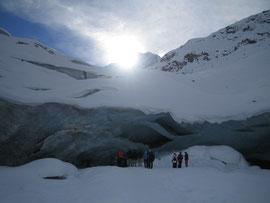 faszinierende Eishöhlen