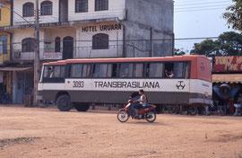 Un bus transamazonien devant mon hotel